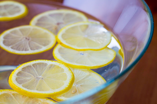 10 Surprising Health Benefits of Lemon Water   PREMIUM WATER